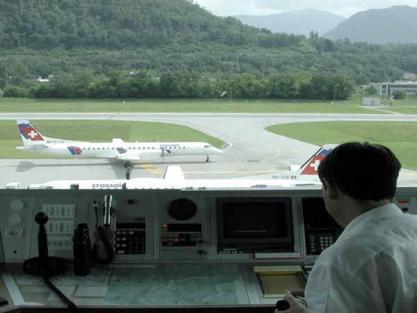 Lugano Airport / Runway 01/19